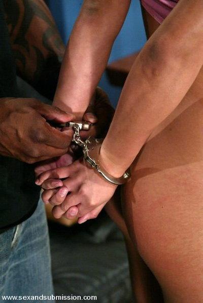 доминирование кляп наручники видео